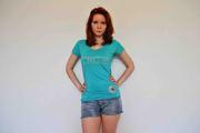 Продаём футболки женские со стразами. КОНФИСКАТ