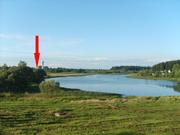Продам жилой кирпично-щитовой дом у озера.